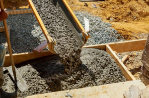 Pour hydraulic cement